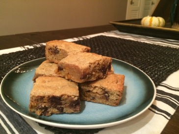 Blondies + recipe | Glitter & Grace Blog