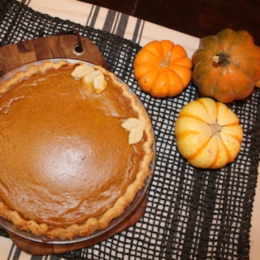 Pumpkin Pie with Maple + recipe | Glitter & Grace Blog #pumpkin #maple #fall