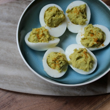 Curried Avocado Deviled Eggs + recipe | Glitter & Grace Blog #avocado #curry