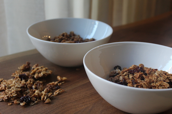 Maple Coconut Granola + recipe | Glitter & Grace Blog #maple #coconut #granola #breakfast