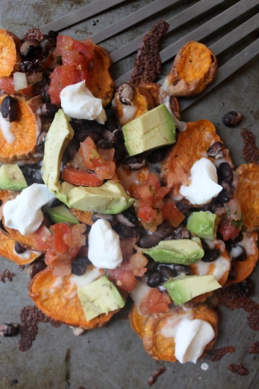 Sweet Potato Nachos + recipe | Glitter & Grace Blog #sweetpotato #vegetarian #mexican
