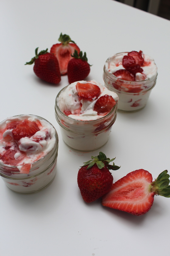 Strawberry Coconut Fool + recipe | Glitter & Grace Blog #summerrecipe #strawberry #coconut #vegan