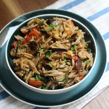 Whole Wheat Orzo Pasta Salad + recipe | Glitter & Grace Blog #pastasalad #wholewheat #summerrecipe