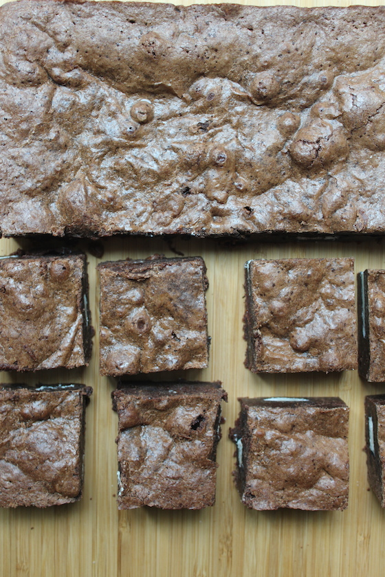 Cookies & Cream Brownies + recipe   Glitter & Grace Blog #chocolate #oreo
