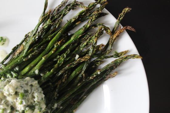 Roasted Asparagus with Herb Butter + recipe | Glitter & Grace Blog #springrecipe #asparagus